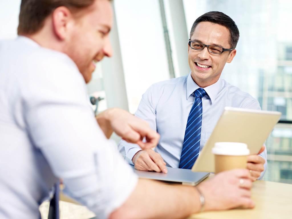 Wie Sie Mitarbeitern die richtige Leistungsbeurteilung zukommen lassen