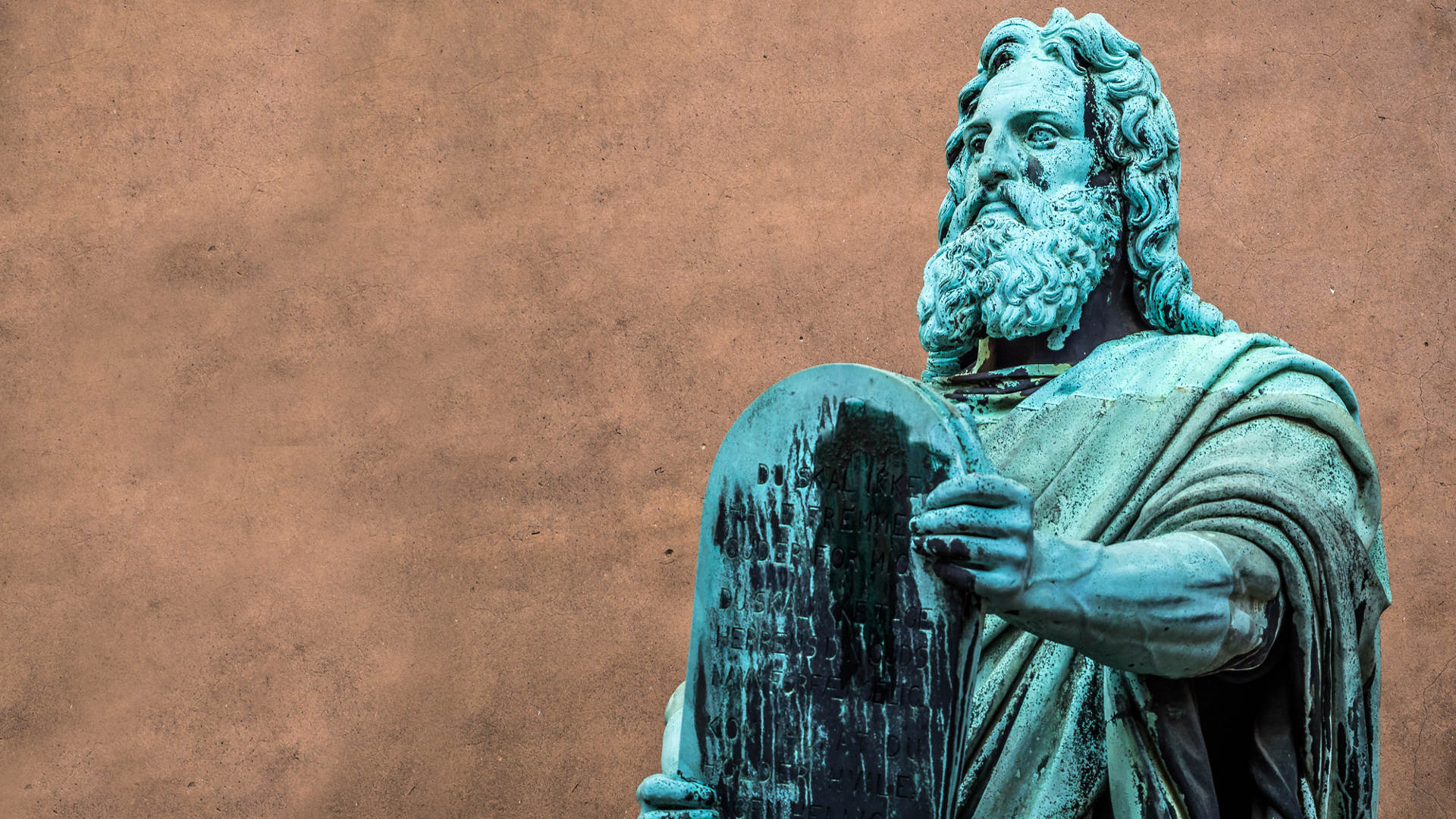 The Ten Commandments of Good IT Management