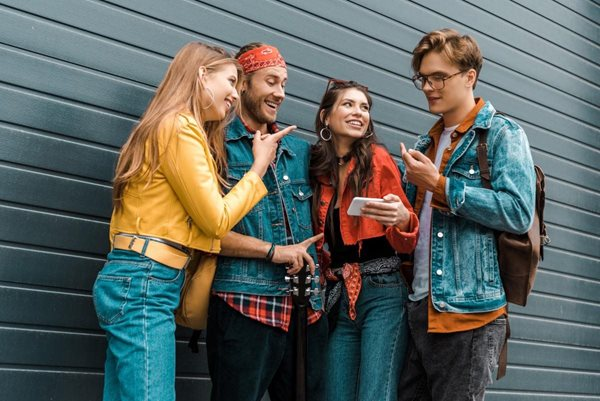 3 Effective Ways to Target Millennials with Billboard Ads