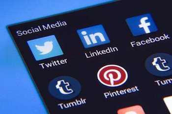 5 Tips on How to Write a Great LinkedIn Profile