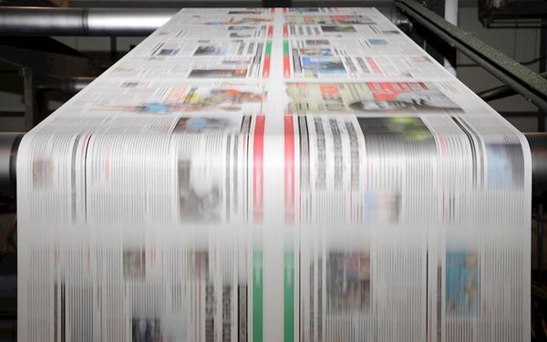 How Print Advertising is Innovating in a Digital W