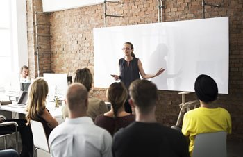 4 Benefits of a Good Employee Training Program