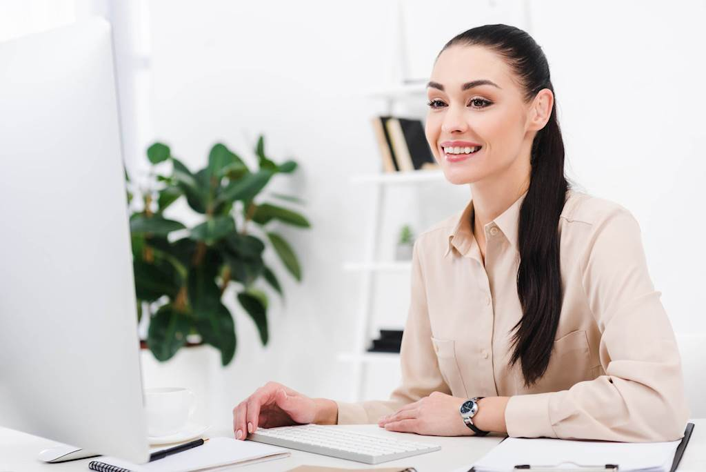 4 Ways HR Can Improve the Retention of Women in th