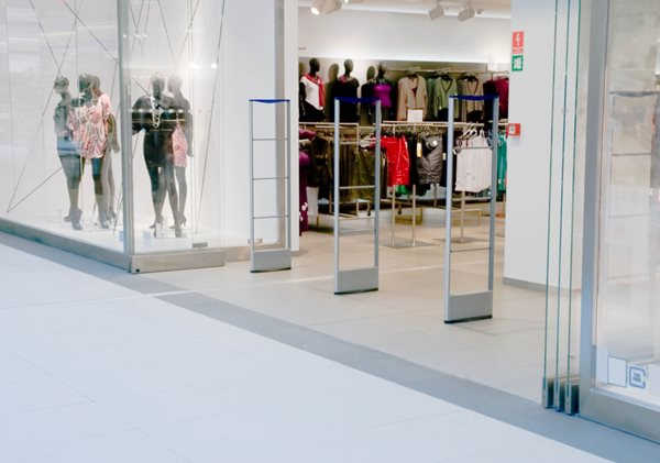 Make More Money with these 6 Visual Merchandising