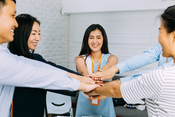 7 Ways to Empower Your Employees: Let Them Take the Lead