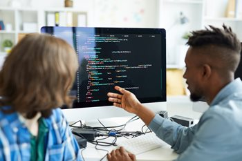 5 Programming Languages You Need for Data Science
