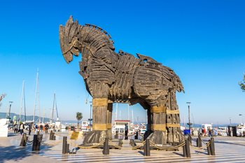 7 Types of Trojan Horses and How to Protect Your Enterprise