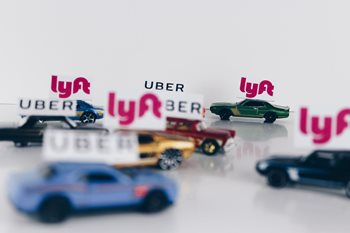 Lyft vs Uber: How to Win by Being Responsible