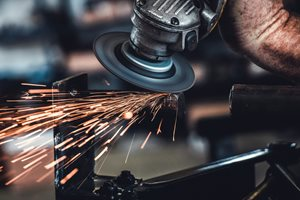 16 Safety Tips All Manufacturers Should Know and Follow Daily
